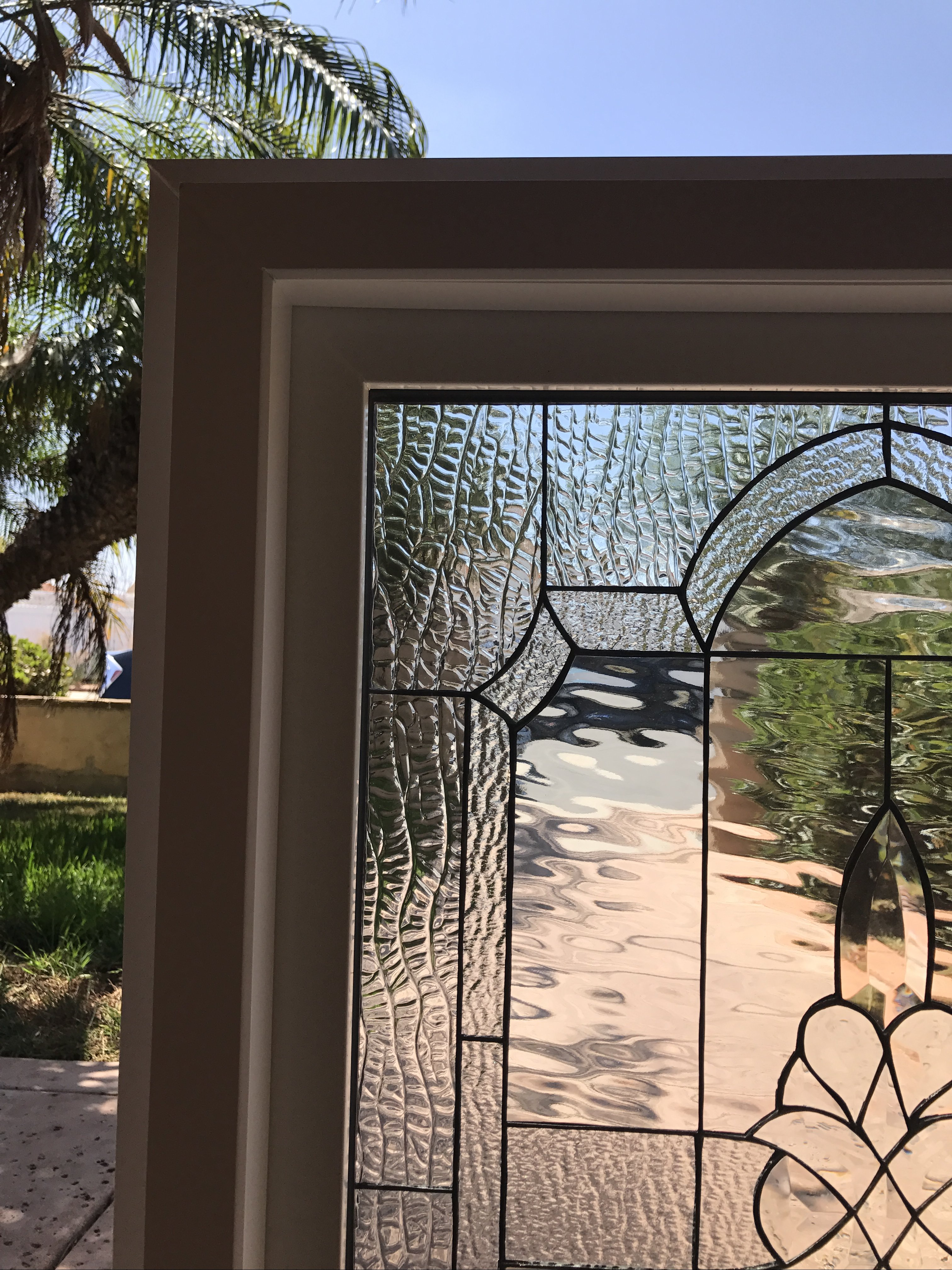 Vinyl framed and tempered glass insulated the calistoga for Insulated vinyl windows