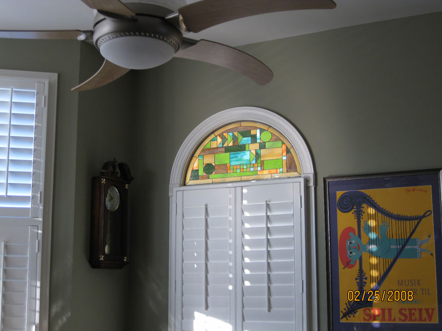 Frank Lloyd Wright style arched stained glass