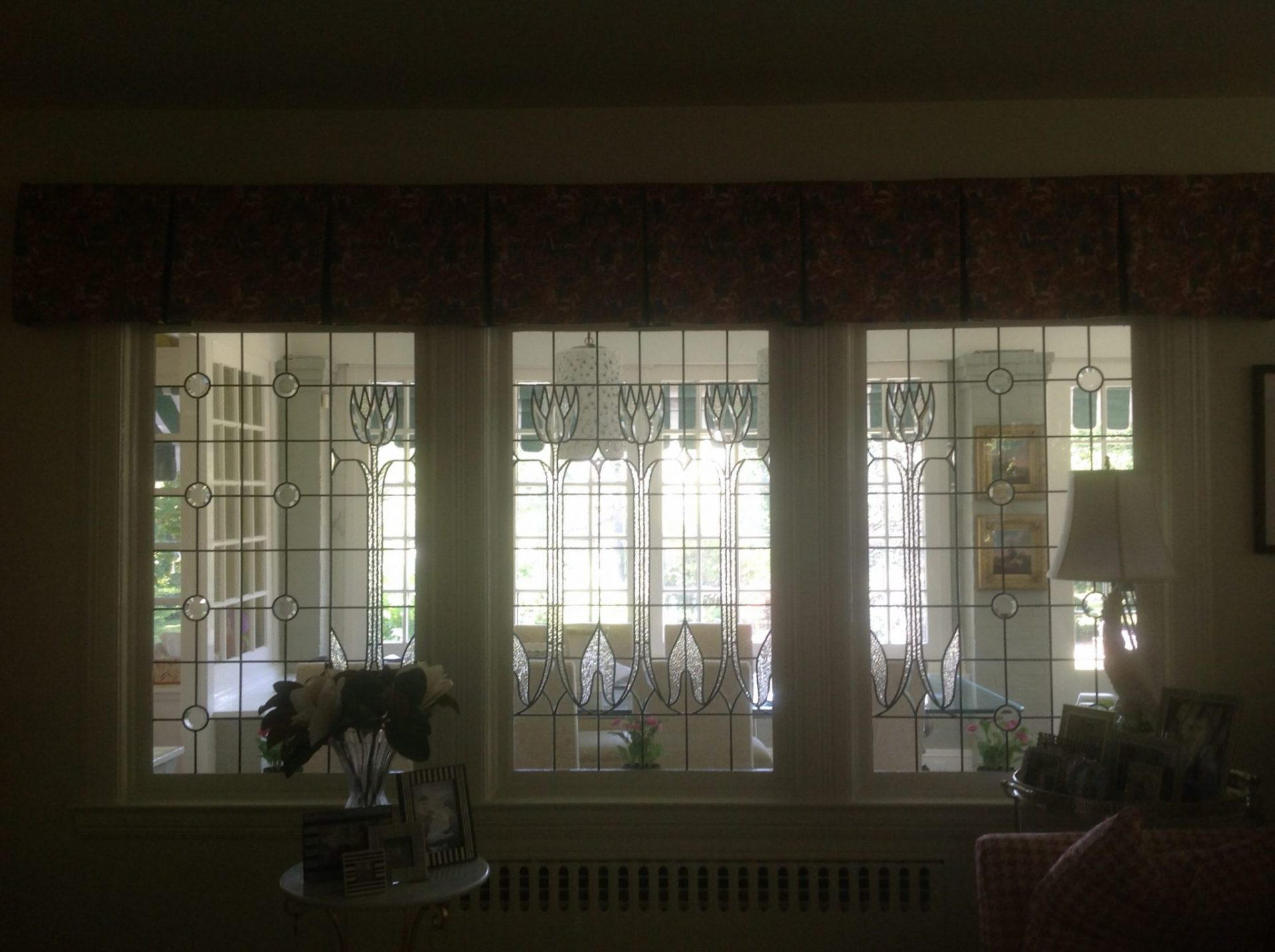 Classic English Tulip Room Divider (Partitions) Beveled Glass Windows