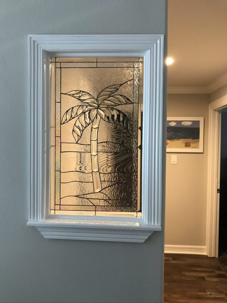 Lovely Triple Paned Beveled Palm Tree Used Within A Partition