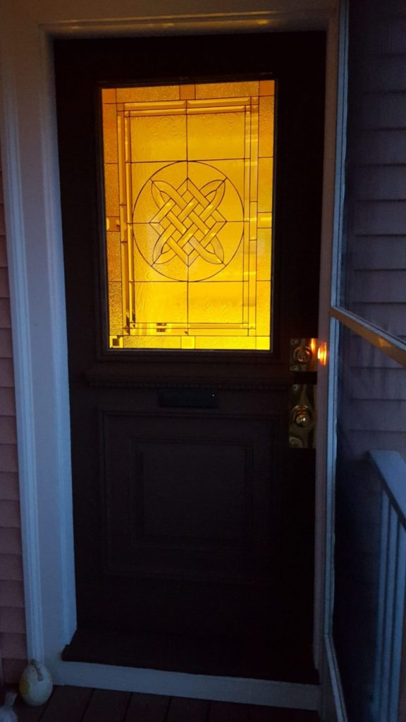 Beveled Glass Impact Resistant Tempered Glass Celtic Knot
