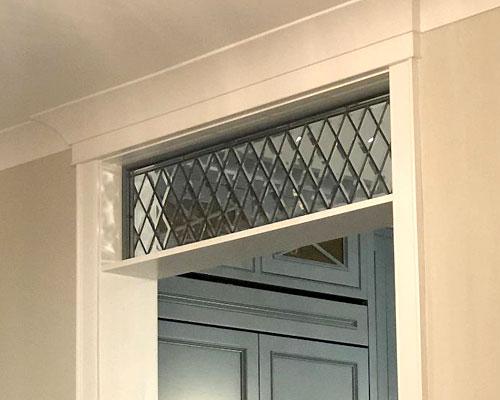 tudor style transom windows
