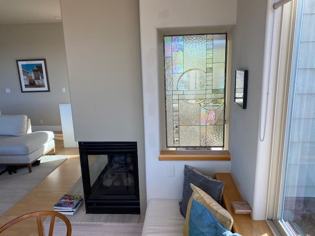 Beautiful Clear Stained Glass Window Installed in Living Room